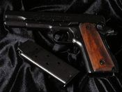 COLT GOVERNMENT M1911 KALIBER 45 replika broni (M-1227)